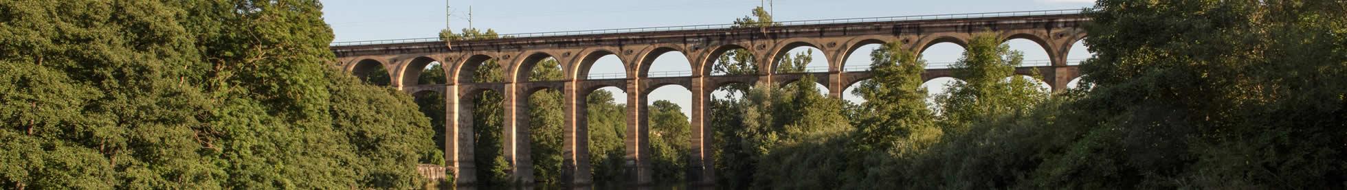 Viadukt über der Enz